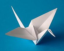 220px-Origami-crane